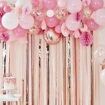 Ballonnenboog met decoratie roze en rose goud